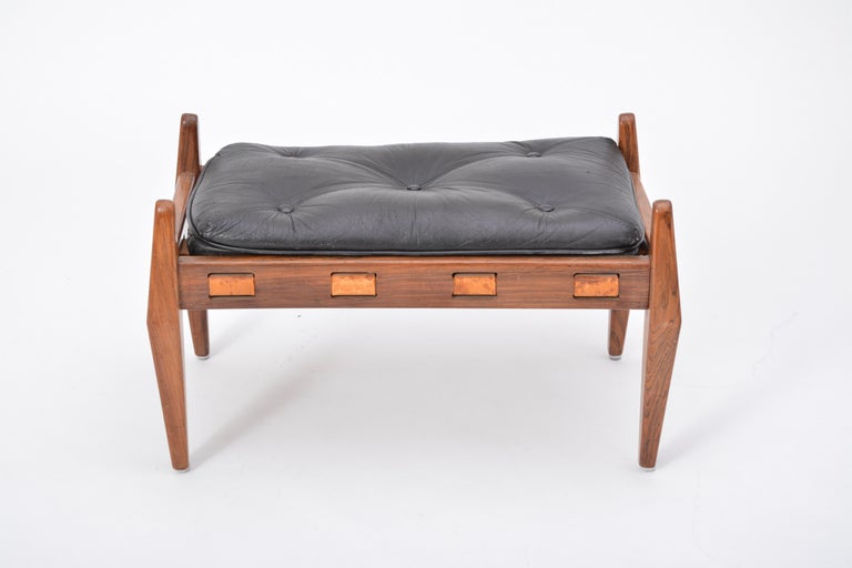 Black Vintage Leather Ottoman or Foot Stool, Attributed to Sergio Rodrigues For Sale 10