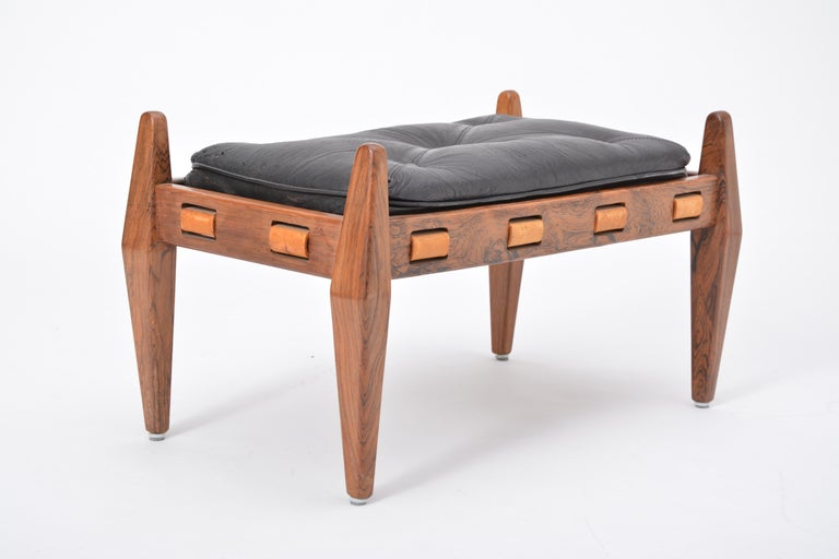 Brazilian Black Vintage Leather Ottoman or Foot Stool, Attributed to Sergio Rodrigues For Sale
