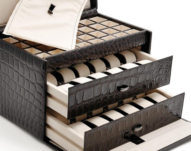 Black Watch and Cufflink Suitcase In New Condition In Milan, IT