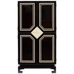 Black & White Cabinet Style Paco Rabanne