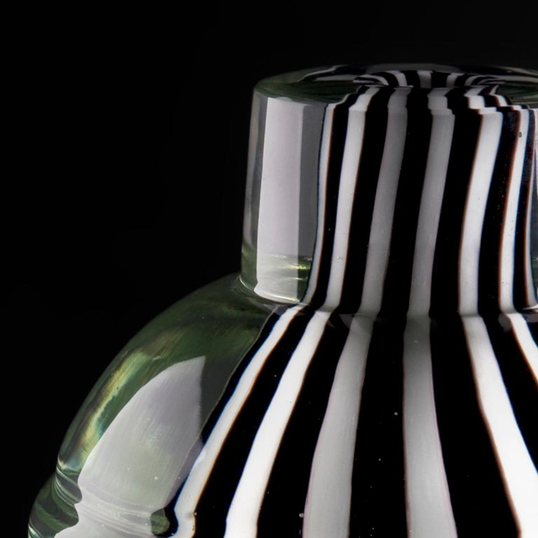 Black white crystal with knob. Hand blown and engraved Murano glass. Made in Murano/Venice.
