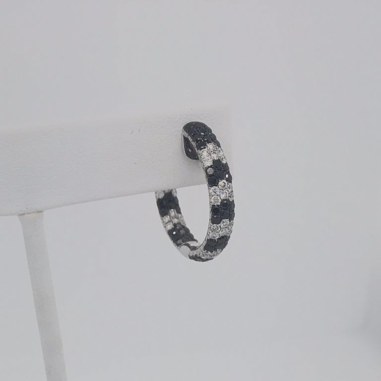 Contemporary Black and White Diamond Hoop Earrings 4.30 Carat 18 Karat White Gold For Sale