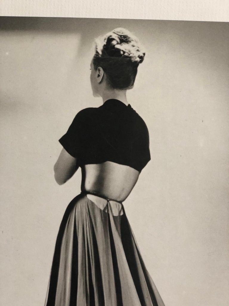 Black and White Photo Lithograph by Maurice Tabard for Harper's Bazaar, 1947 For Sale 2