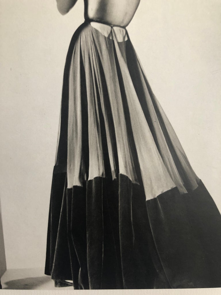 Black and White Photo Lithograph by Maurice Tabard for Harper's Bazaar, 1947 For Sale 8
