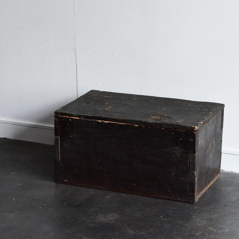 Black Wooden Box from the Edo Period '18th-19th Century' in Japan For Sale 9