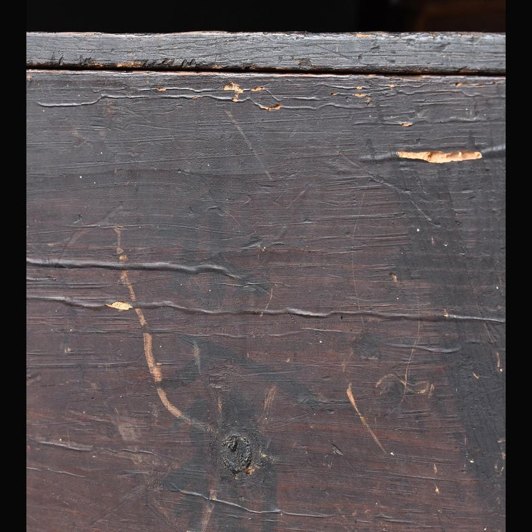 Black Wooden Box from the Edo Period '18th-19th Century' in Japan For Sale 2