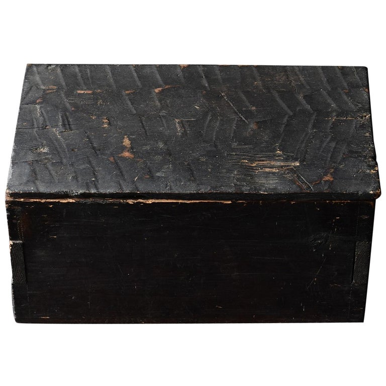 Black Wooden Box from the Edo Period '18th-19th Century' in Japan For Sale
