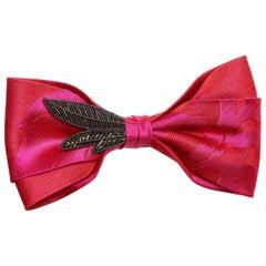 Black Zirconia crystal red plain silk papillon NWOT