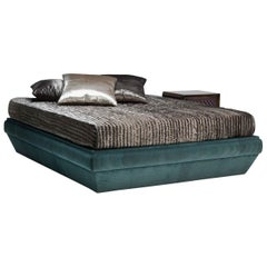 Blade/L Bedframe fully upholstered and with fabric