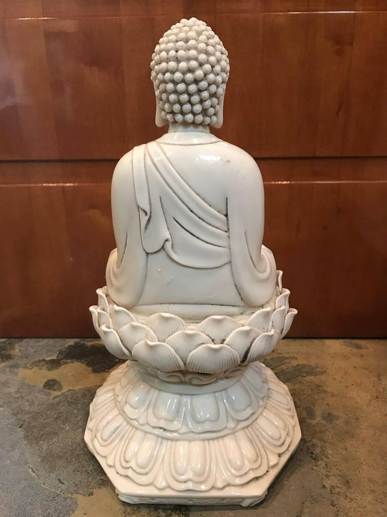 Qing Blanc de Chine Porcelain Buddha Figure For Sale