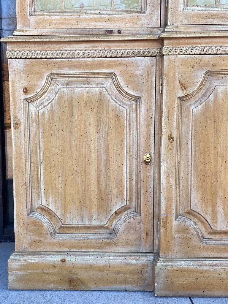 Bleached Pine Chinese Chippendale Style Cabinet by Davis Cabinet Company In Good Condition For Sale In Kennesaw, GA