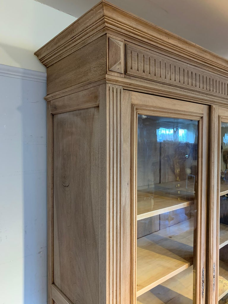 Bleached Walnut Bookcase In Good Condition For Sale In Honiton, Devon