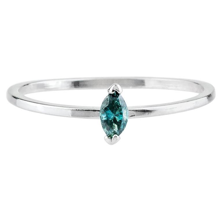 Bleu Ring 14 Karat White Gold with Blue Diamond For Sale