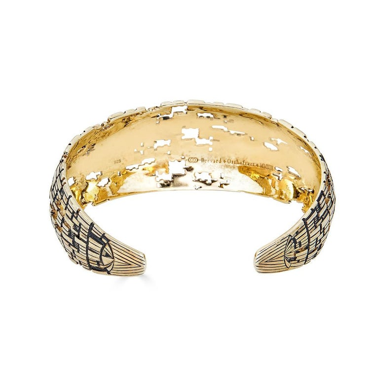Blockchain 18k Gold Cuff In New Condition For Sale In Coral Gables, FL