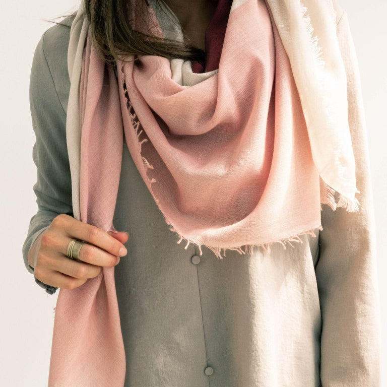 BLOK ROSEWOOD  Scarf / Wrap / Shawl  In New Condition For Sale In Bloomfield Hills, MI