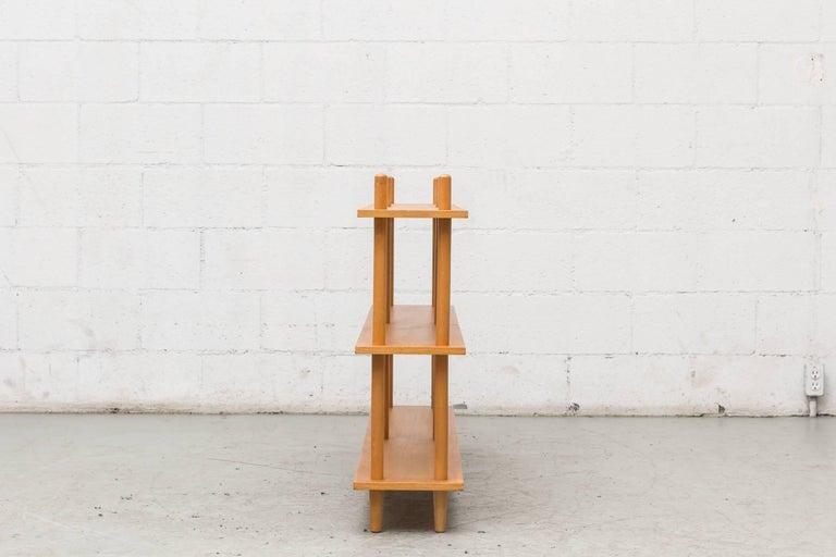 Mid-Century Modern Blonde Modernist Standing Bookshelf For Sale