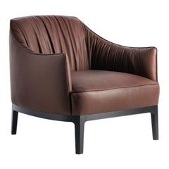 Blossom Lounge Chair in Leather by Potocco