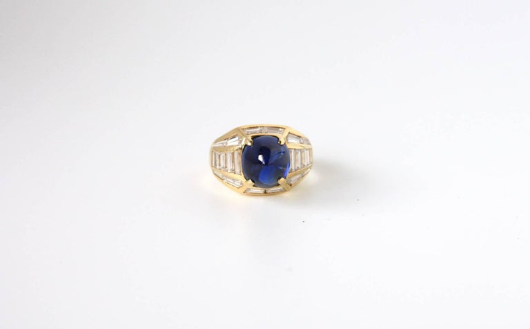 Fantastic pyramid  pinkie ring shape blu sapphire hight quality  4 ct, gold 18k, diamonds baguettes ct 2,50. size 8eu. All Giulia Colussi jewelry is new and has never been previously owned or worn. Each item will arrive at your door beautifully gift