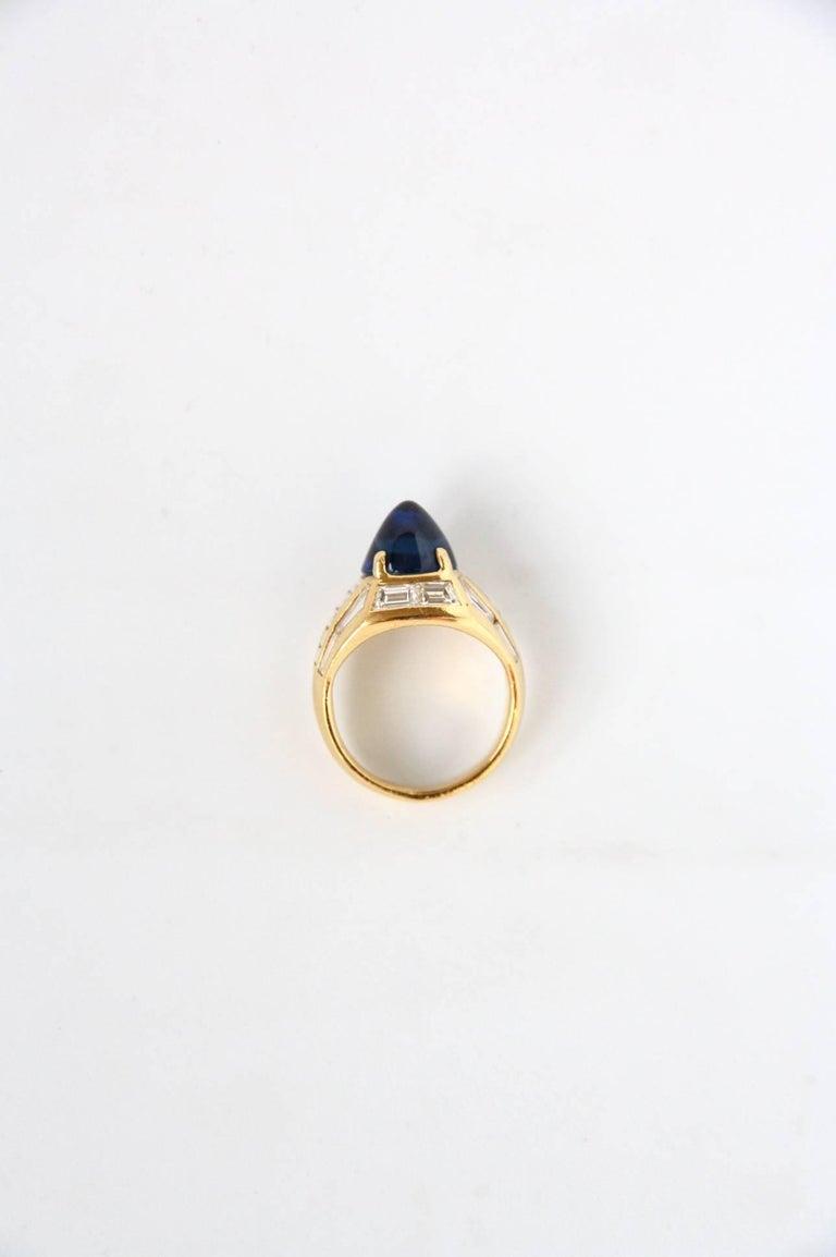 Women's or Men's Blue Sapphire 18 Karat Gold Diamond Baguette Pinkie Ring For Sale