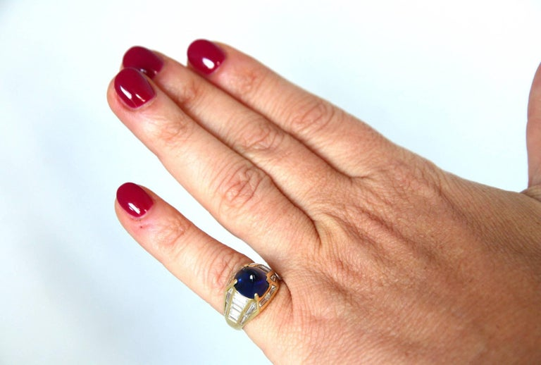 Blue Sapphire 18 Karat Gold Diamond Baguette Pinkie Ring For Sale 1