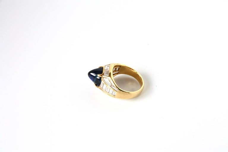 Blue Sapphire 18 Karat Gold Diamond Baguette Pinkie Ring For Sale 2