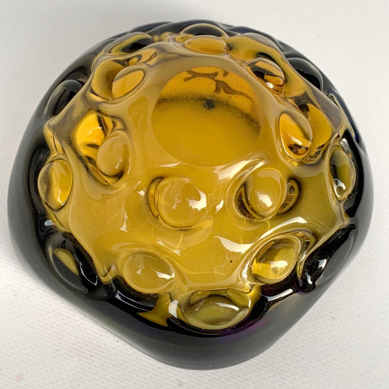 Blue and Amber Glass Bowl or Ashtray, Murano Glass Sculpture, Italy, 1960s In Good Condition For Sale In Roma, IT