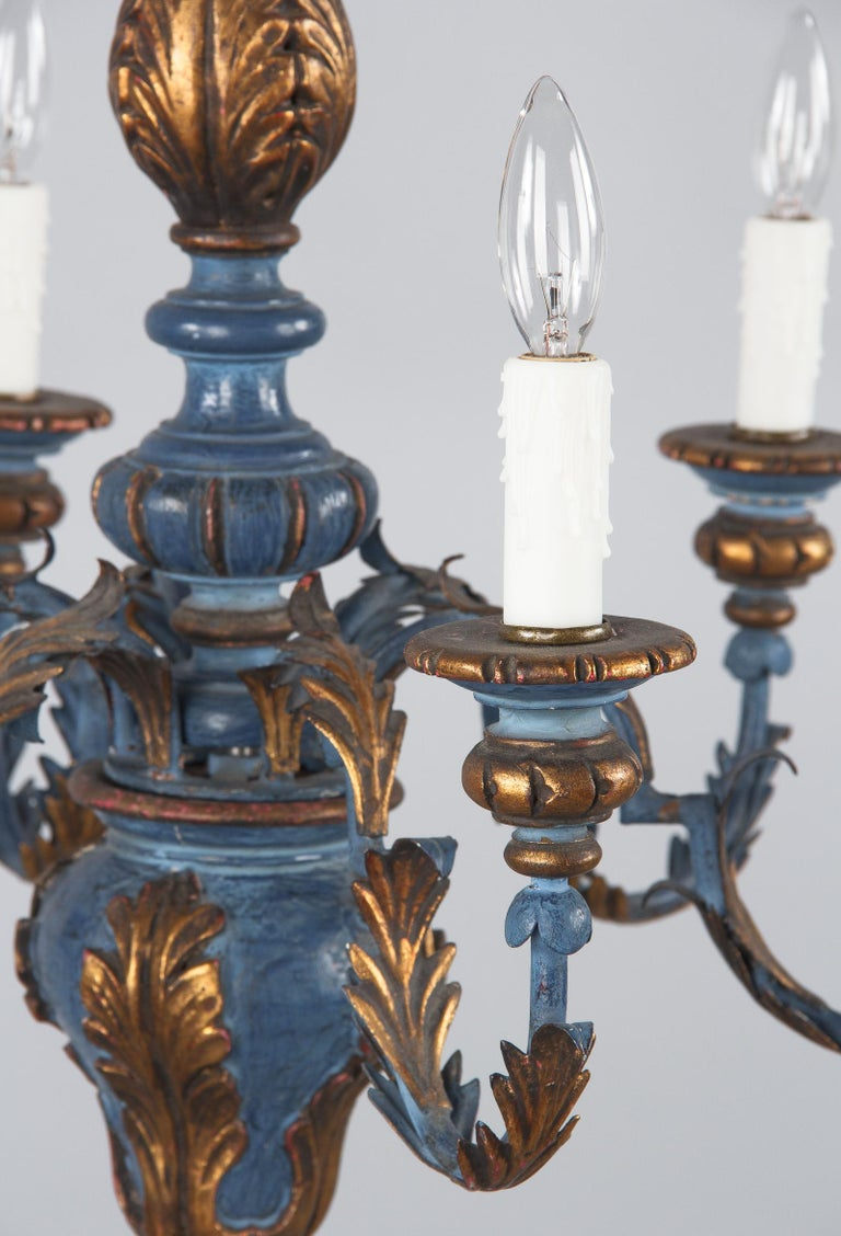 Blue and Gold Wooden Six-light Chandelier, Italy, 1930s In Good Condition For Sale In Austin, TX