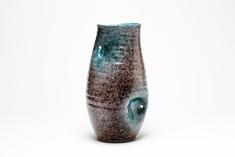 Blue and Grey Freeform Ceramic Vase by Accolay circa 1960 French Midcentury In Excellent Condition For Sale In Neuilly-en- sancerre, FR