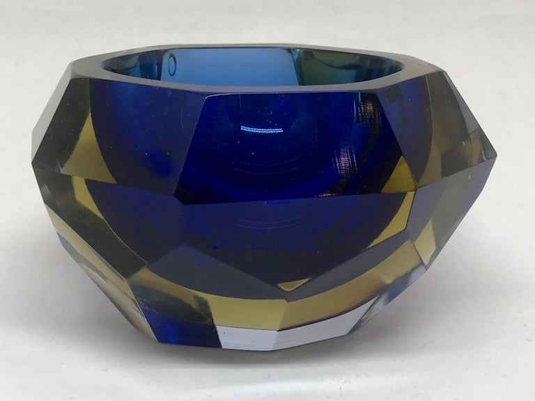 Blue and pale amber Murano vide poche. Chunky faceted vintage Murano vide poche/bud vase/ashtray in blue and amber Venetian glass, Italy, mid-20th century.  Dimensions: 4