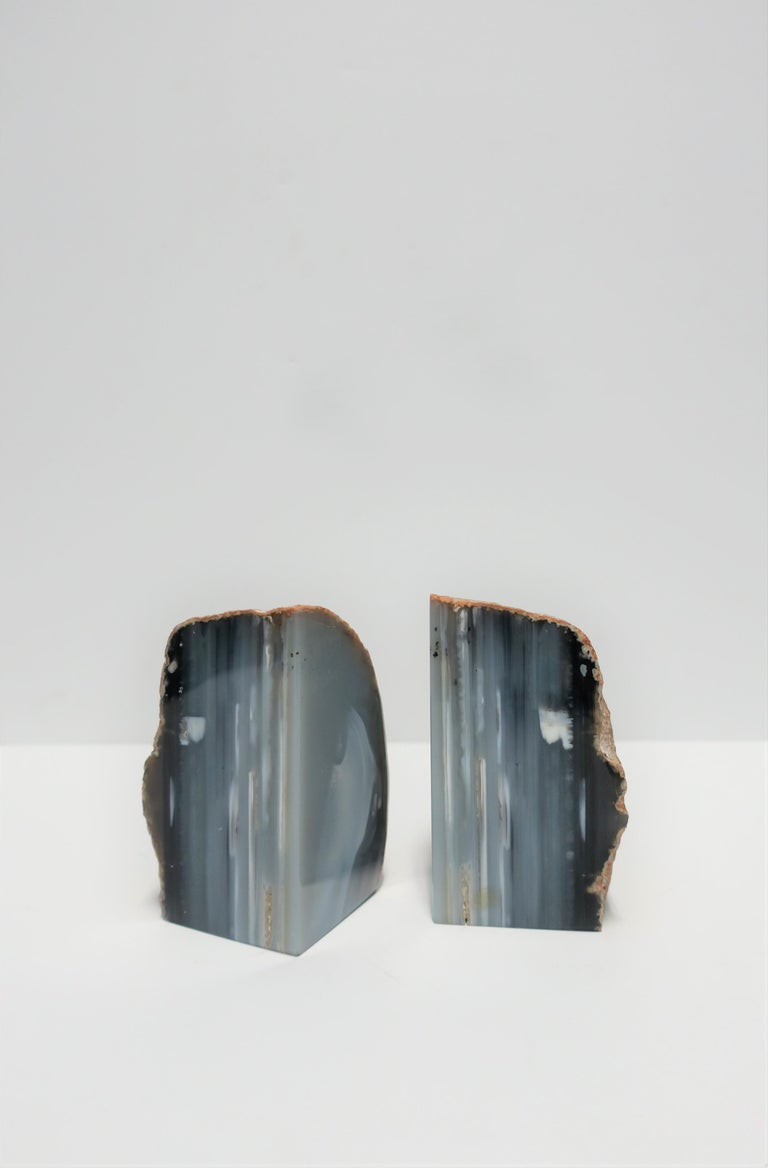 Blue and White Agate Onyx Marble Bookends, Pair For Sale 1