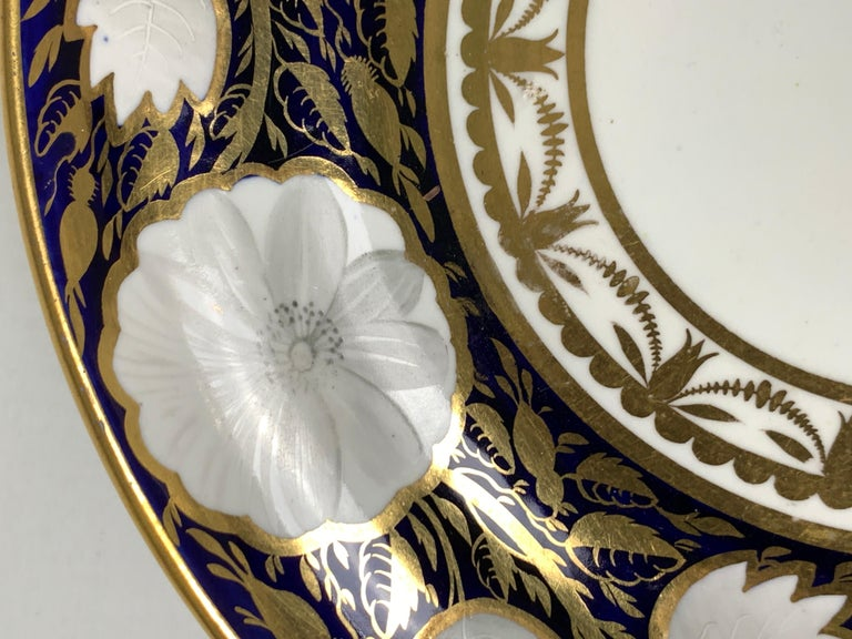 Blue and White and Gold Dish Made in England by Spode, Circa 1820 In Excellent Condition For Sale In Katonah, NY