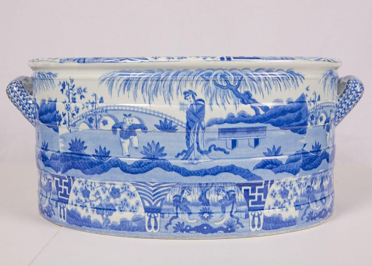 Blue and White Footbath Made by Spode For Sale 3