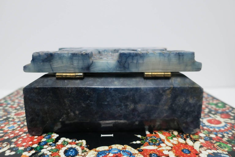 Blue and White Marble Carved Jewelry Box For Sale 12