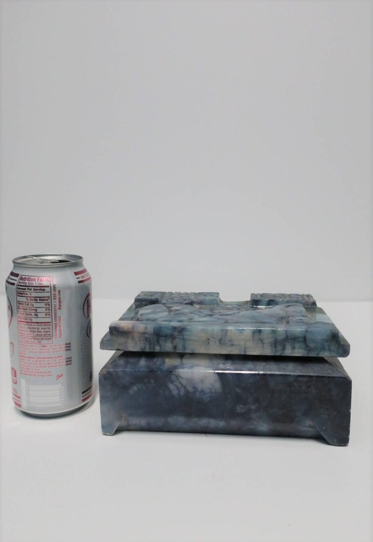 Blue and White Marble Carved Jewelry Box For Sale 14