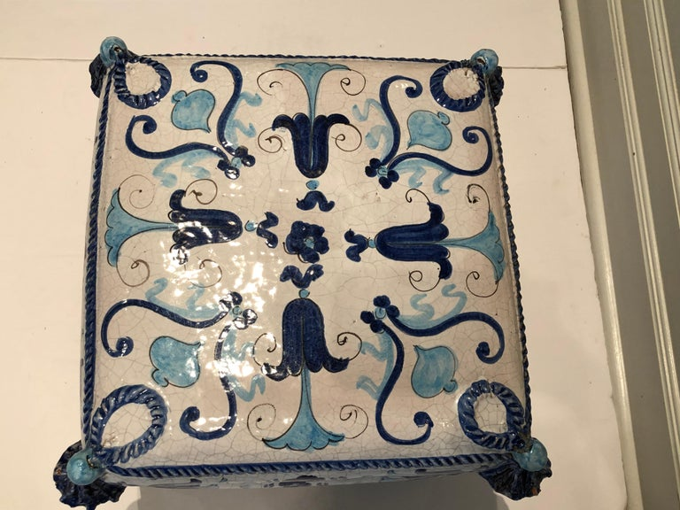 Mid-20th Century Blue and White Stacked Pillow Motife Garden Seat End Table For Sale