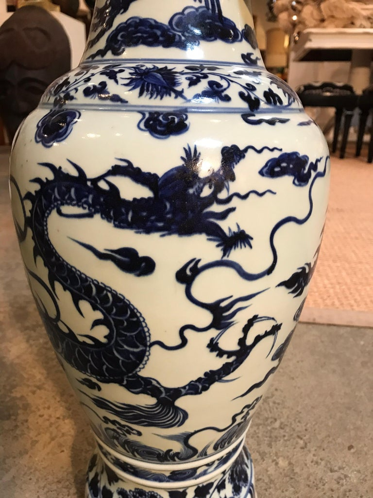 Chinese Blue and White Vases Pair For Sale