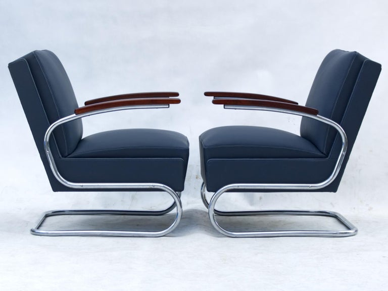 Czech Blue Art Deco Tubular Steel Cantilever Armchairs Fn 24 by Mücke & Melder, 1930s For Sale