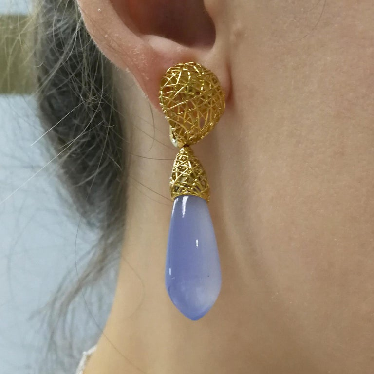 Blue Chalcedony 18 Karat Yellow Gold Rolling Stones Suite For Sale 3