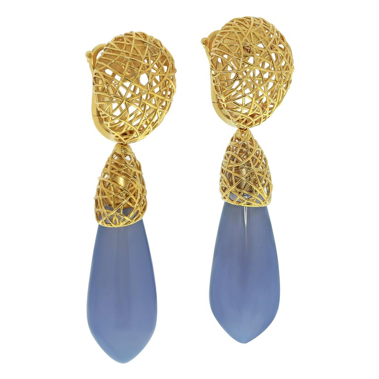 Blue Chalcedony 18 Karat Yellow Gold Rolling Stones Suite For Sale 4