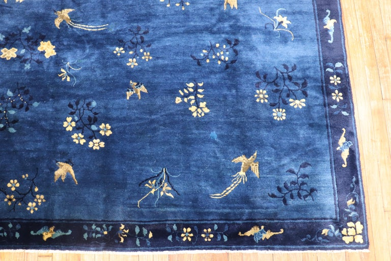 Blue Chinese Antique Pictorial Bird Rug In Good Condition For Sale In New York, NY