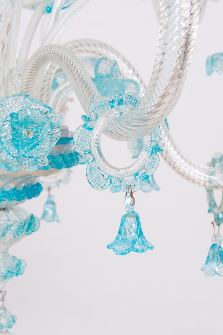 Blue Floral Murano Glass Chandelier, Italy, Contemporary In Excellent Condition For Sale In Villaverla, IT