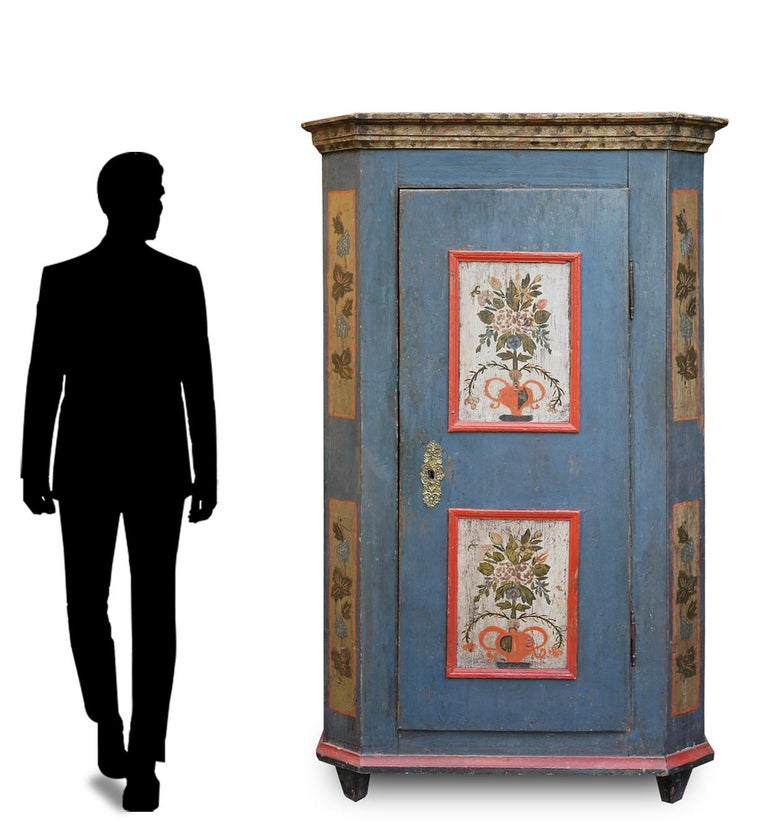 Blue Floral Painted Alpine Wardrobe For Sale 7