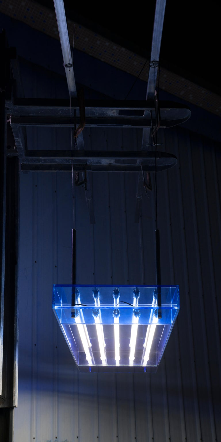 Blue Glass Clear Transition Color Square Hanging Light Customizable In New Condition For Sale In Los Angeles, CA