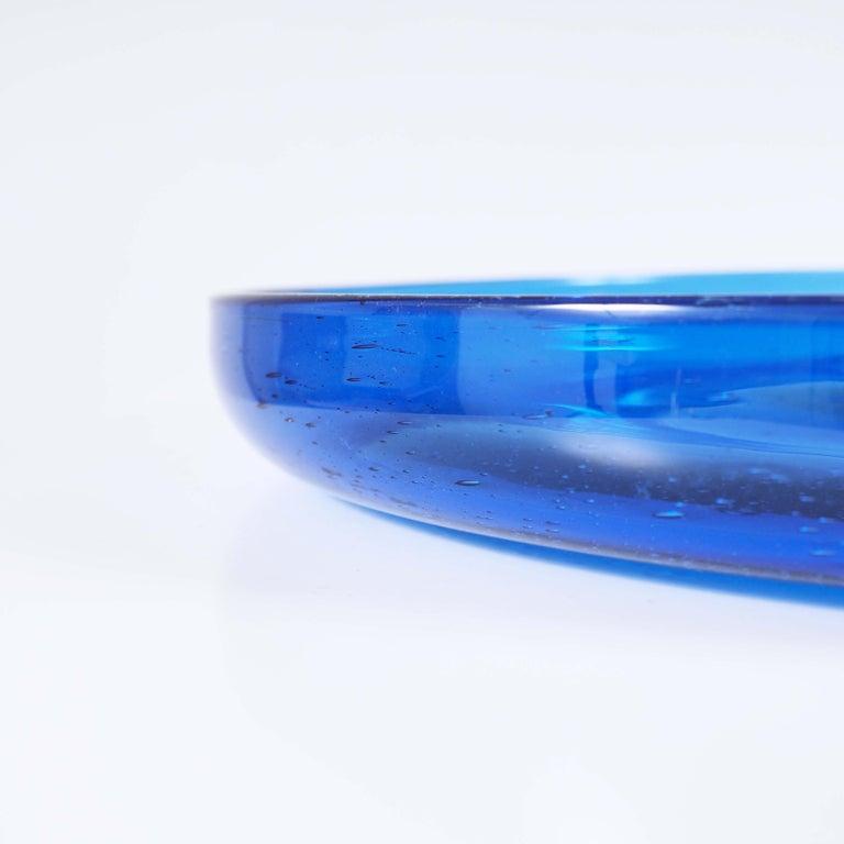 Blue Glass Tray by Erik Höglund, Boda, Sweden For Sale 3