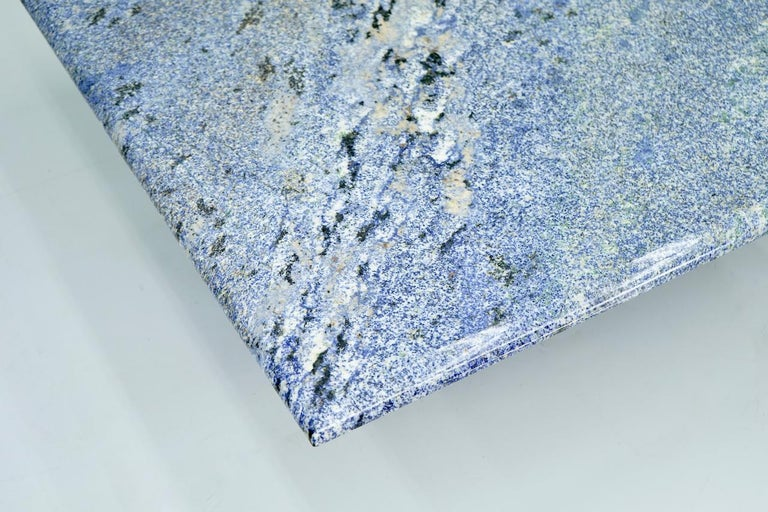 Blue granite coffee table with a beautiful grain, late 1970s. Measures: W 110 cm, D 110 cm, H 41 cm. Very good condition.