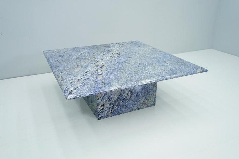 Blue Granite Coffee Table, 1970s Stone, Marble In Good Condition For Sale In Frankfurt / Dreieich, DE