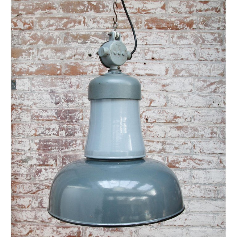 Blue Gray Enamel Vintage Industrial Cast Iron Top Factory Pendants In Good Condition For Sale In Amsterdam, NL
