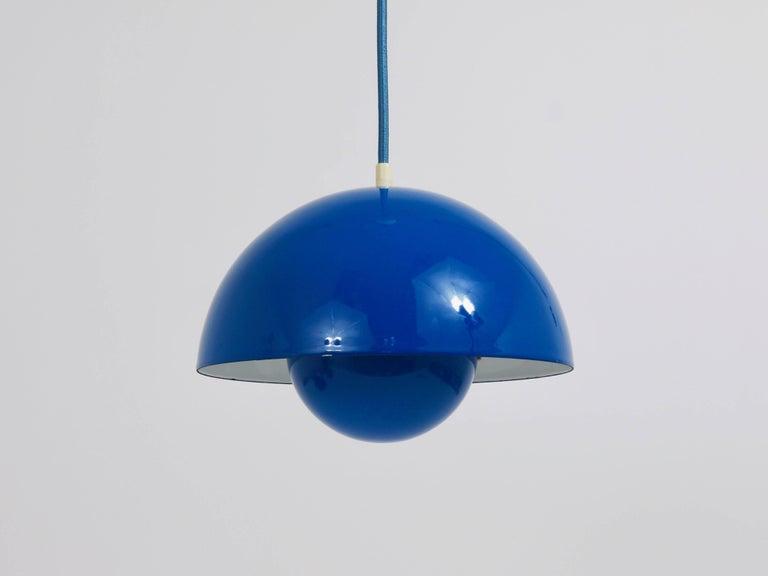 Blue-Green Verner Panton Flowerpot Pendant Lamp, Louis Poulsen, Denmark, 1969 In Excellent Condition In Vienna, AT