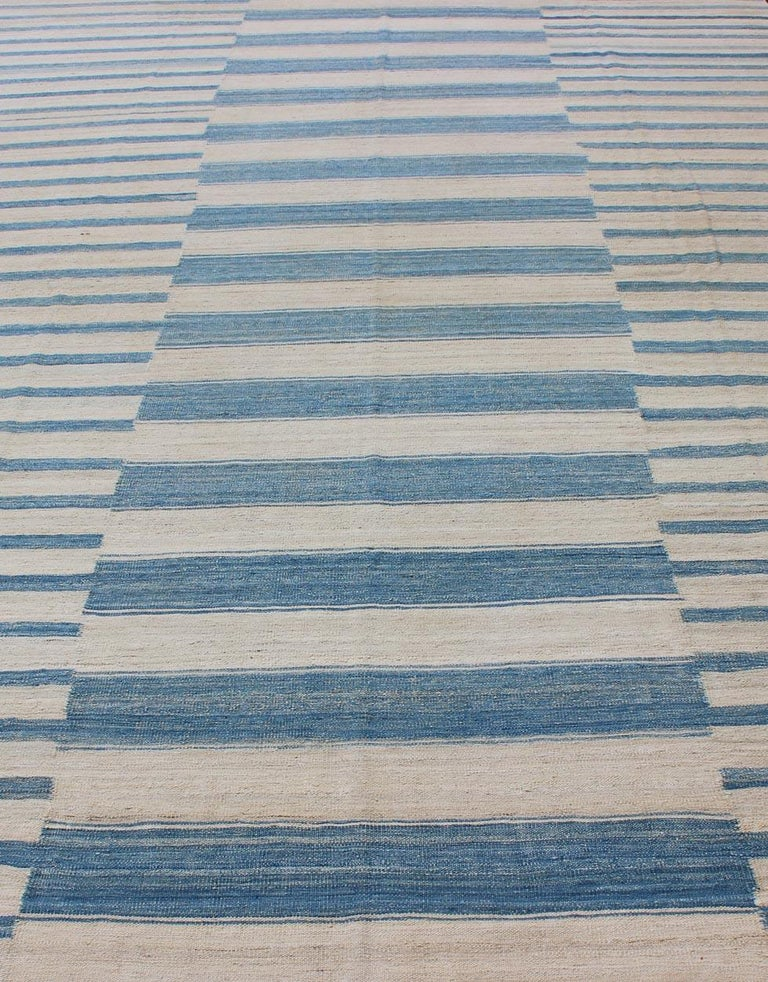 Blue, Ivory Casual Modern Flat-Weave Kilim Rug with Modern Design and Stripes For Sale 3