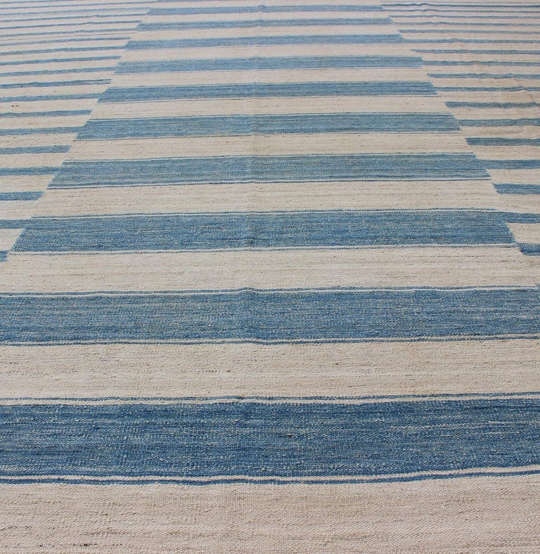 Blue, Ivory Casual Modern Flat-Weave Kilim Rug with Modern Design and Stripes For Sale 4